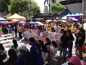 Domestic Workers gather in support of UNIFIL HK
